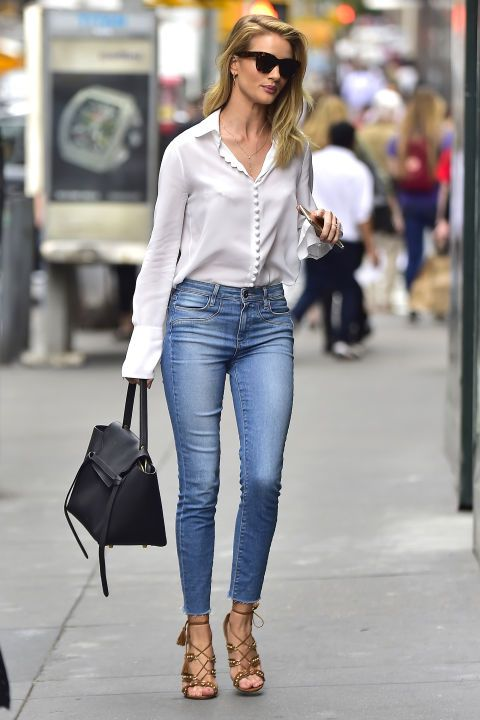 Street style Rosie Huntington-Whiteley 2017