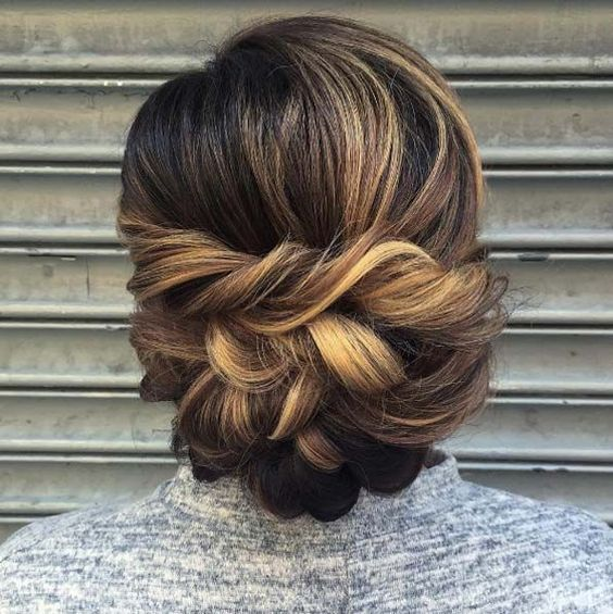 Hairstyles for the summer of 2018 (18)