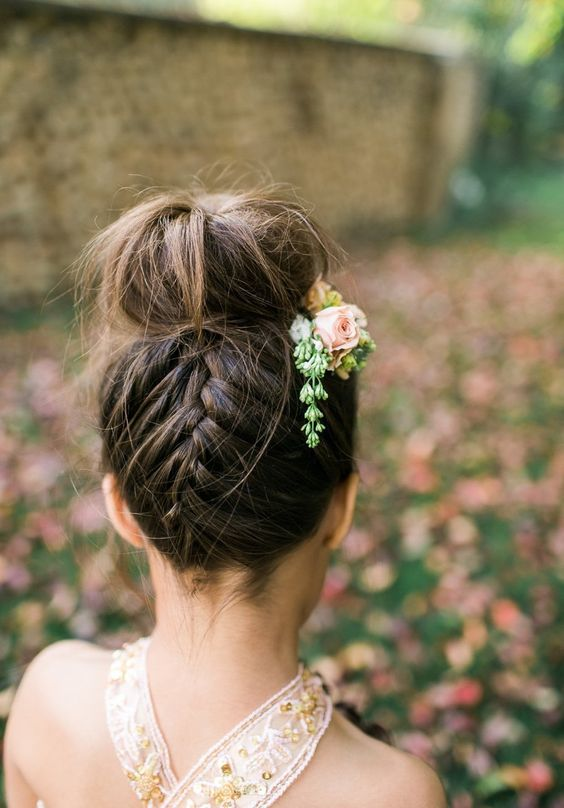 Hairstyles for the summer of 2018 (30)