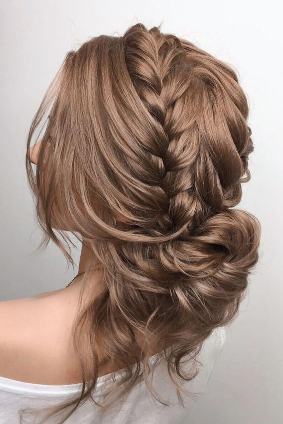 Hairstyles for the summer of 2018 (24)
