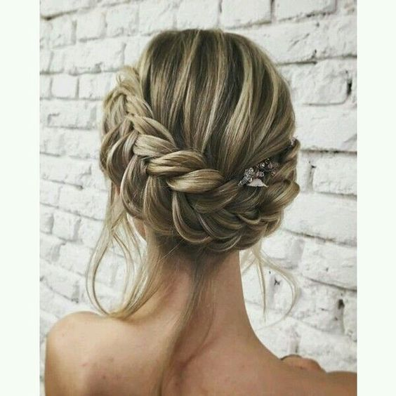 Hairstyles for the summer of 2018 (2)