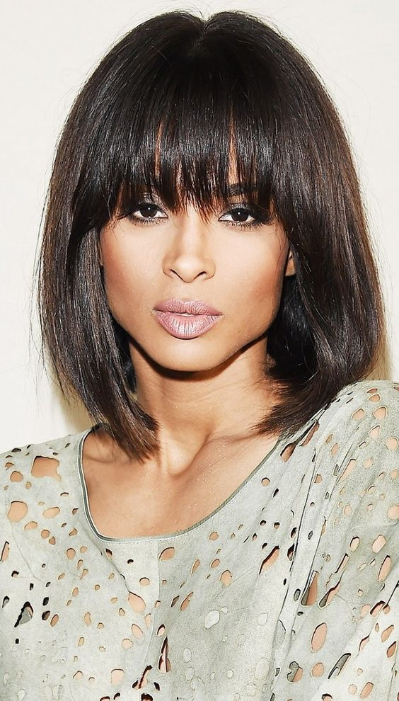 Haircuts women with bangs round face (33)